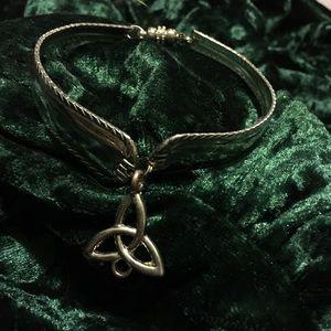 Jewelry - Silver tone triquetra bracelet
